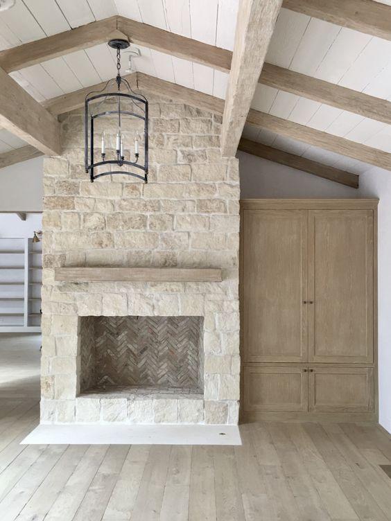 The 25 best farmhouse fireplace ideas on pinterest for Modern farmhouse fireplace