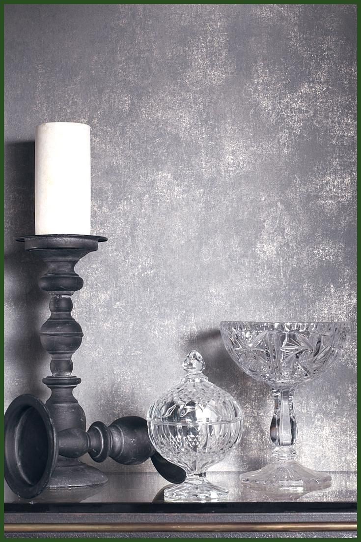 Tapete Tiefer Grau Metallic Silber Schimmert Auf Grau Verziert Mit Eindrucksvollen In 2020 Grey Wallpaper Wall Design Hallway Decorating