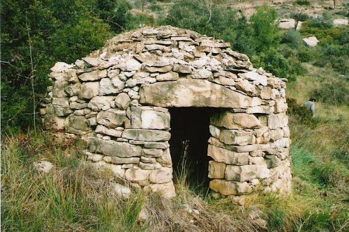 Barraca de pedra seca http://www.panoramio.com/photo/93317663