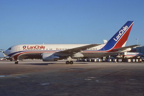 LAN Chile Boeing 767-200; CC-CEF, April 1991