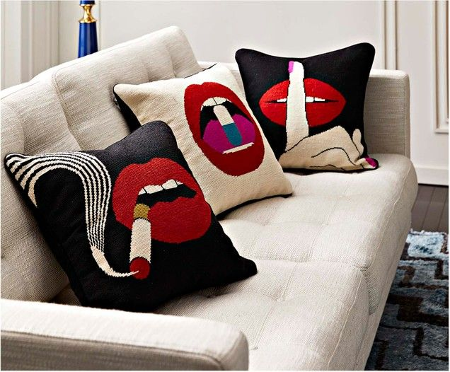 Cuscini Di Design.Cuscino Con Imbottitura Di Design Lips Smoke In 2020 Jonathan