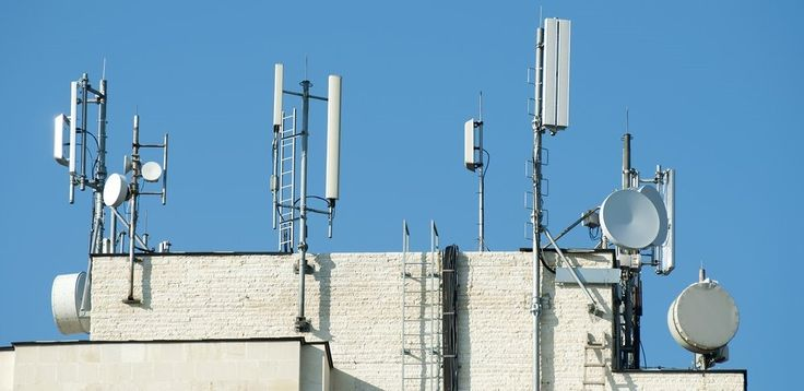 chennai ungal kaiyil: Aiming to develop telecom network in 10 Naxal-affected states, the Centre plans to launch 2,700 additional mobile towers in these places. #technologynews #chennaiungalkaiyil  New product launch in India, Technology development in India.