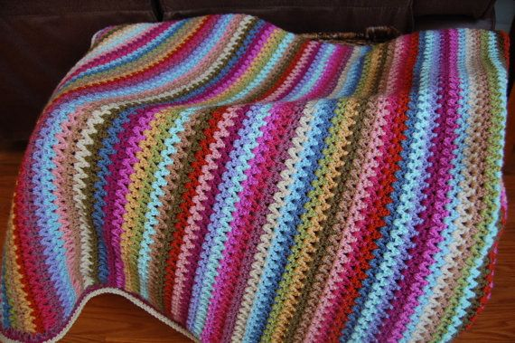 New Handmade Crocheted V-Stitch Afghan/Blanket This ...