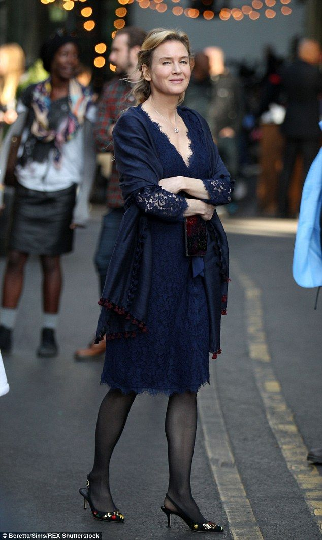 What a change! Renee Zellweger rocked a seriously chic ensemble as she got to work filming the new Bridget Jones movie in London on Monday