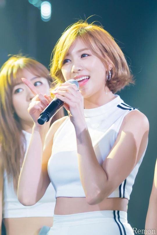 APINK - Oh HaYoung #오하영 #하영 'Remember' era 150723 M!Countdown