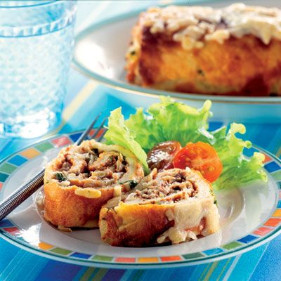 Recept på Gratinerad ansjovisrulle toppad med riven ost från - Hemmets Journal