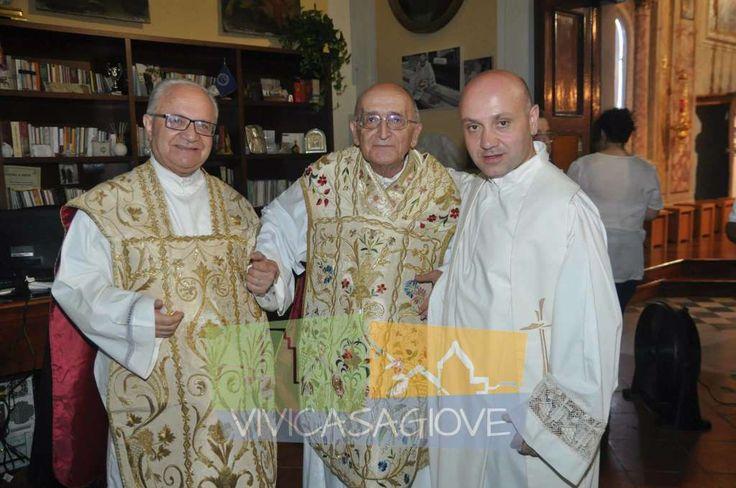 Don Carlo Di Carluccio sulla scelta di celebrare il 50esimo anniversario di sacerdozio a San Michele Arcangelo a cura di Michela Lagnena - http://www.vivicasagiove.it/notizie/don-carlo-di-carluccio-sulla-scelta-di-celebrare-il-50esimo-anniversario-di-sacerdozio-a-san-michele-arcangelo/