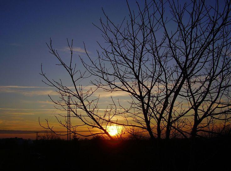 Naplemente a ballagitói kiskertek felett