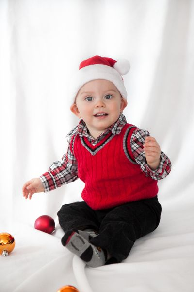 Baby Christmas Photography, Baby Poses, Baby Santa hat, First Christmas Photos Jacquelyn Rose Photography www.jrosefoto.com