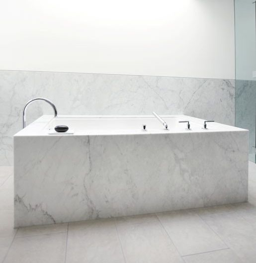 Best 25+ Marble Bathtub Ideas On Pinterest | Modern Marble Bathroom,  Freestanding Bath And Marble Bathrooms