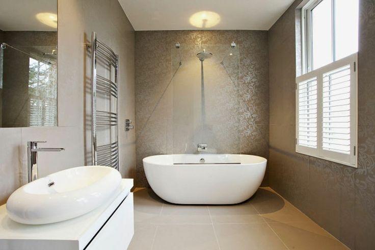 baño estilo lujoso bañera independiente