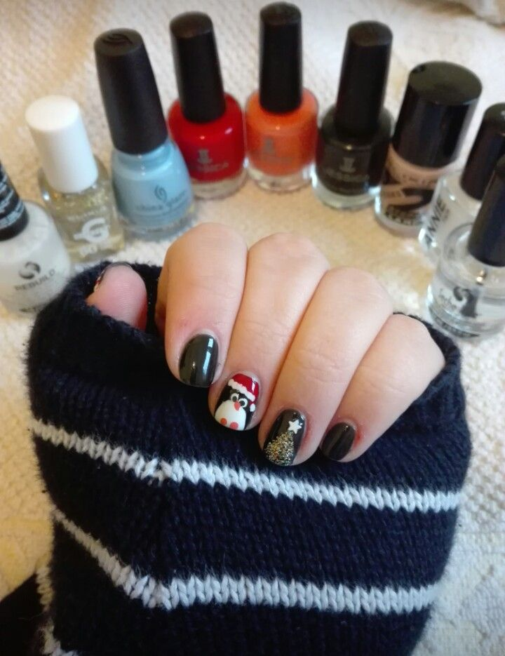 #nails #nail #naiart #naildesign #cute #pretty #christmas #christmasnails #christmasdesigns #snowman