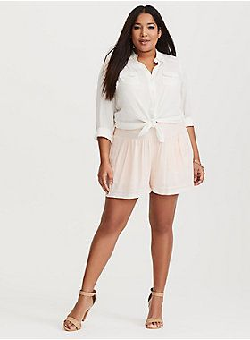 Plus Size Tops | Plus Size Clothing | Curvy Tops | Pretty Tops | Plus Size | Body Positive Fashion | Body Positive Tops | Plus Size Outfits | Plus Size Jeans | Plus Size Pants | Torrid - IsabellaBrusilo.com