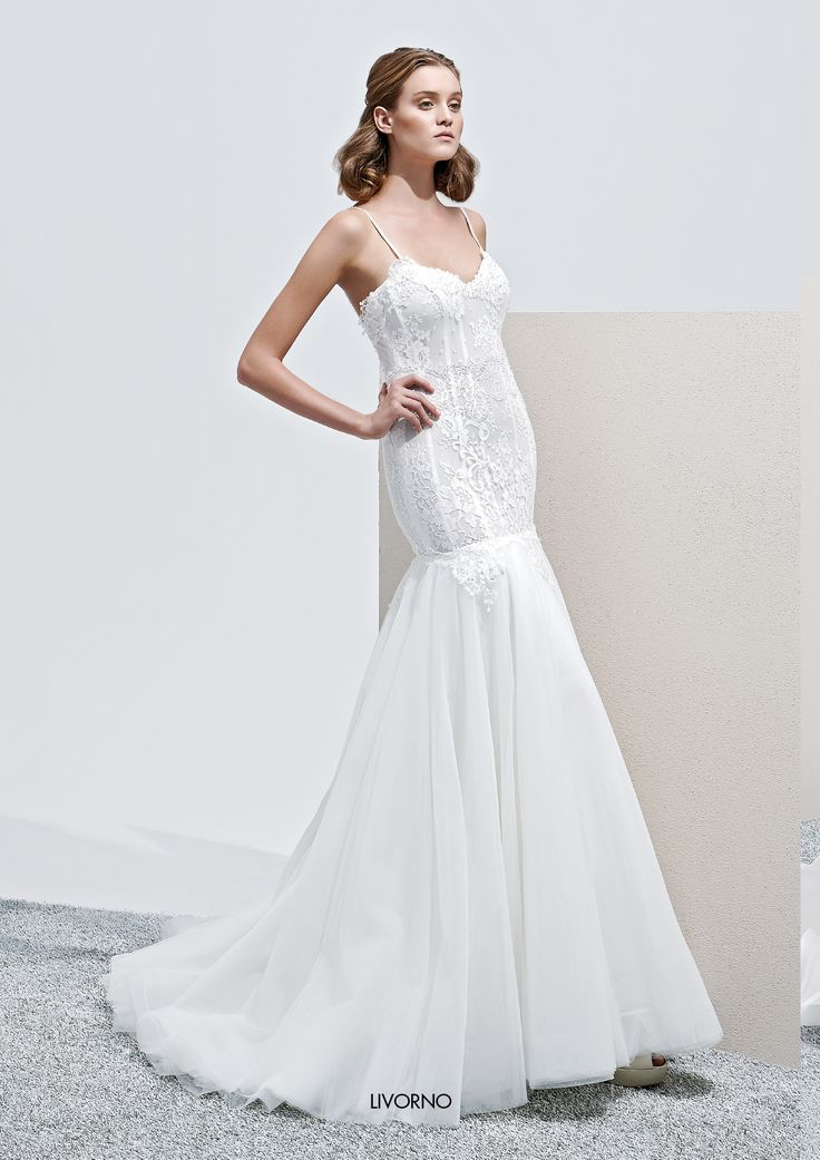 "Collezione Privée 2015 - Elisabetta Polignano Modello ""Livorno"": gonna a sirena #wedding #weddingdress #weddinggown #abitodasposa"