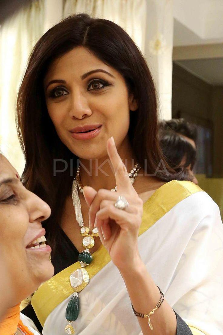 Shilpa Shetty attends a jewellery store launch   PINKVILLA