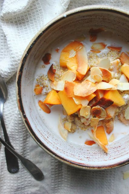 Quinoa, Persimmon & Almond Porridge looks so warm and comforting for a cold winter morning. Ripe persimmons are lovely and sweet by themselves, or you could add a pinch of stevia if you like.