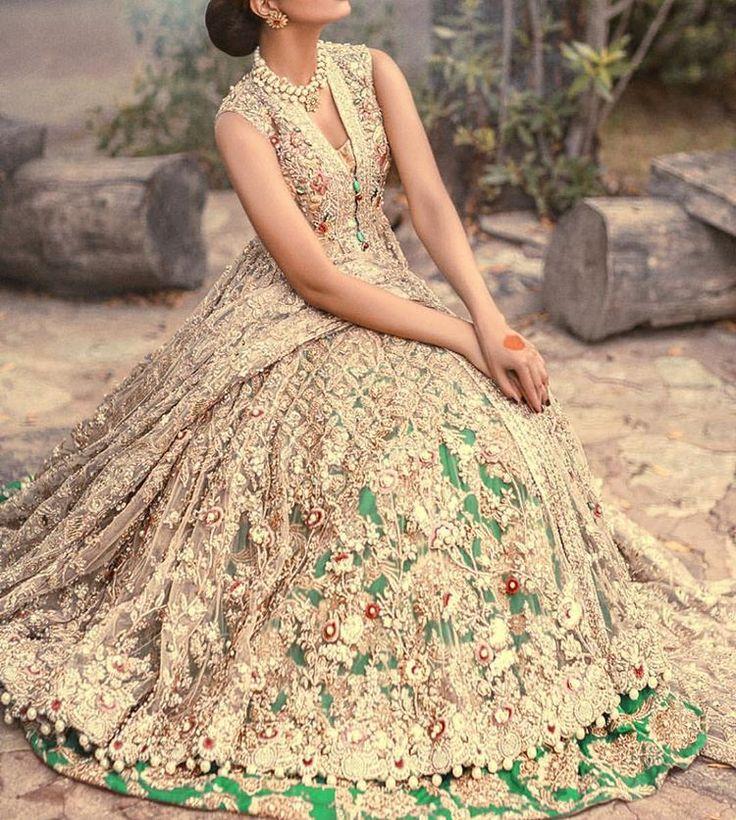 "2,842 Likes, 79 Comments - Pakistan Fashion Trend (@pakistanfashiontrend) on Instagram: ""Elan - The Jasmin Court"""