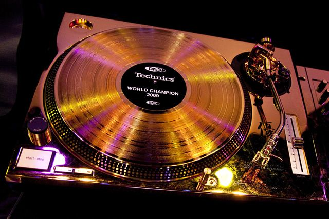 Technics Sl Service Manual additionally F Debce Baa C F D D together with Original Bsr C Turntable Service Manual B F Ad C F Dab as well Connect Stereo System  plete Stereo System X furthermore Sl Inside. on technics turntable diagram