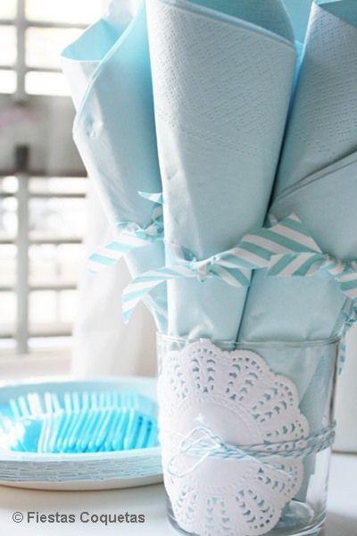 Detalle servilletas de papel decoradas