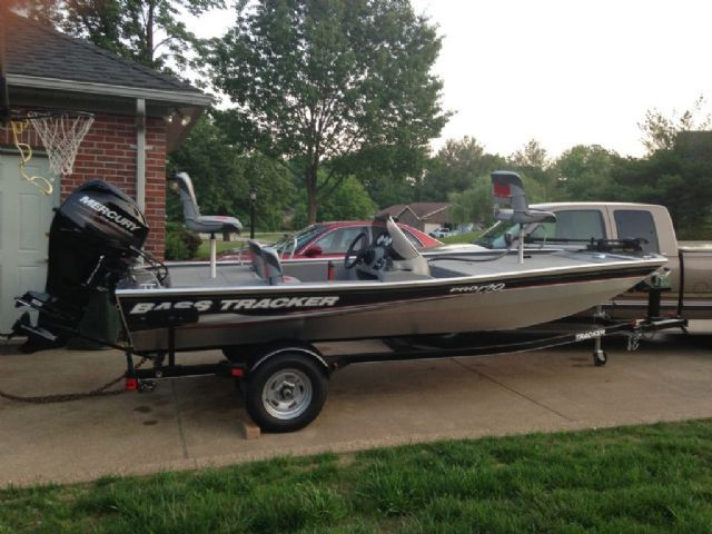 17 feet  2013 Bass Tracker pro 170 Bass Boat  for sale in evansville, IN