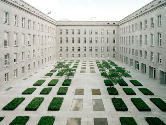 Kleihues & Kleihues  - Renovation of the Federal Ministry of Labour and Social Affairs, Berlin 2001