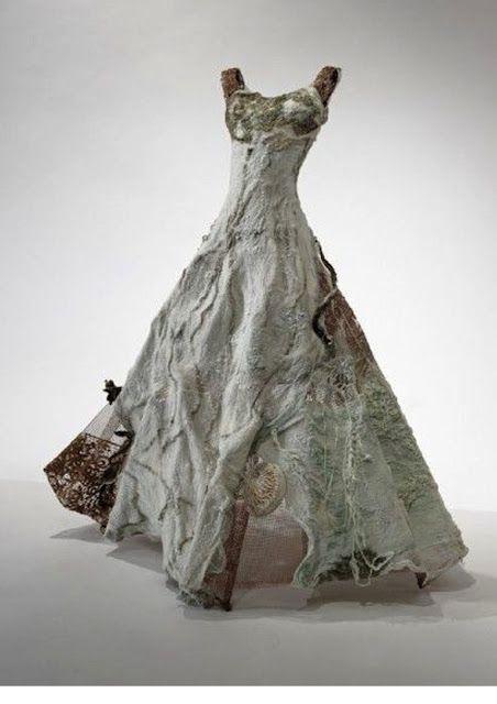 Wowzers!!! amazing felt work. Dyane Brown: Felt Dresses
