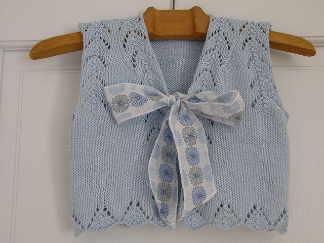Ravelry: berlingot pattern by Sandrine Bianco