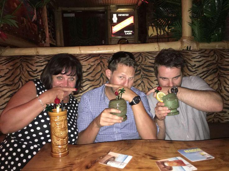 Hula hula bar.