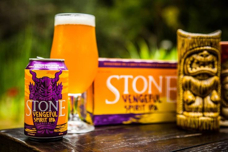 Vengeful Spirit IPA is a hoppy mix ofHerkules, Mosaic®,Loral™, and Mandarina Bavaria hops, that offer up a fruity mix of pineapple, mandarin, and orange flavours that leaves you with a kick of an aftertaste.