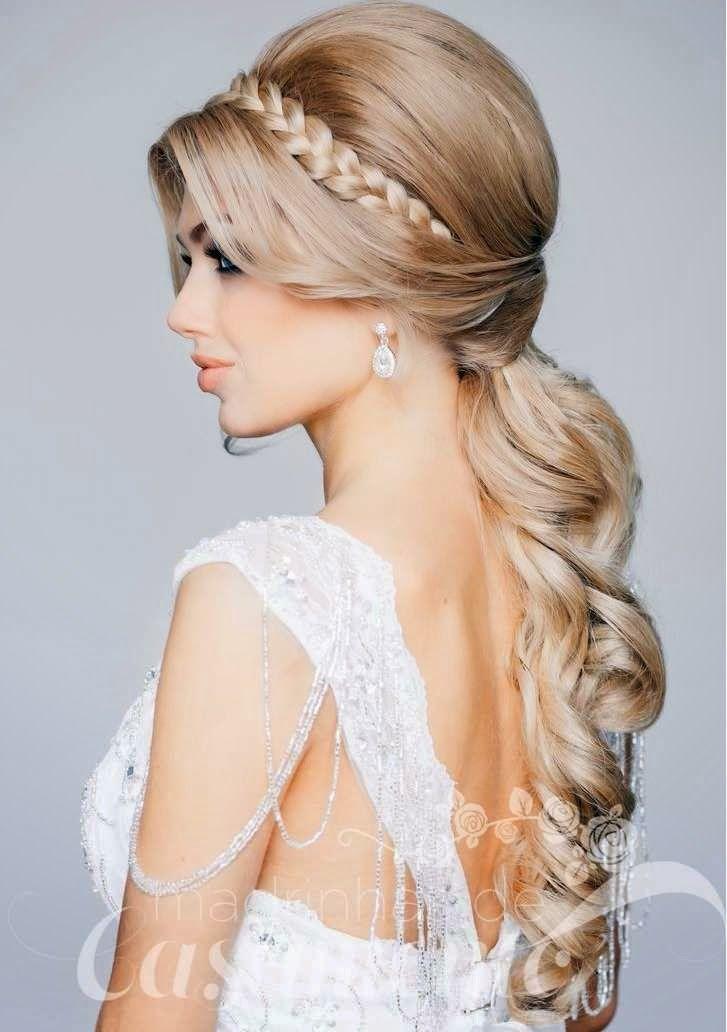 Penteados de festa para noivas e madrinhas - Madrinhas de casamento