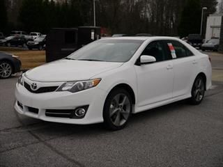 2014 Toyota Camry SE Sport - Toyota dealer serving Easley SC – New and Used Toyota dealership serving Greenville Anderson Greer SC