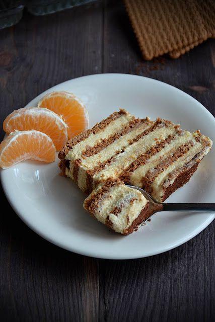 Szybkie i całkiem proste ciasto, do przygotowania którego nie musimy odpalać piekarnika :) Tworzą je dwie bowiem tylko dwie części - kakao...