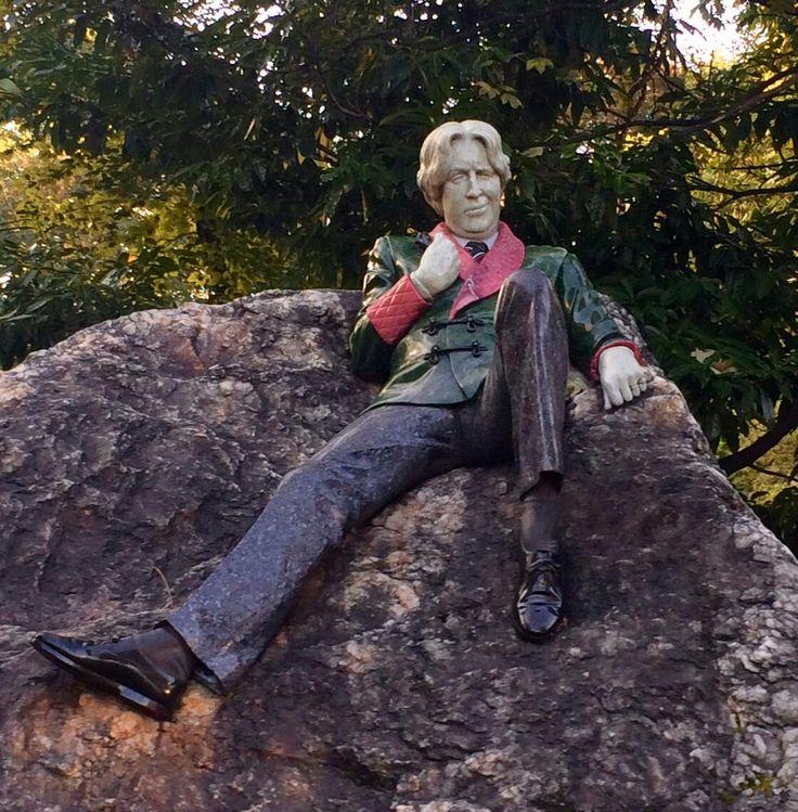 Oscar Wilde Merrion Sq. Dublin Ireland