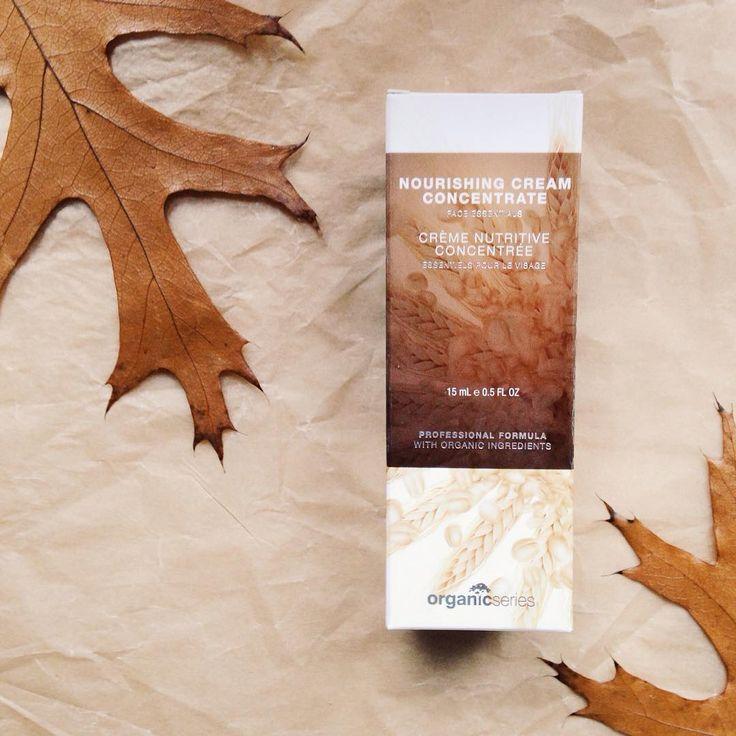 Polecam wklepać krem odżywczy Organic Series, który dzięki wyjątkowym ekstraktom roślinnym chroni i głęboko nawilży Waszą skórę
