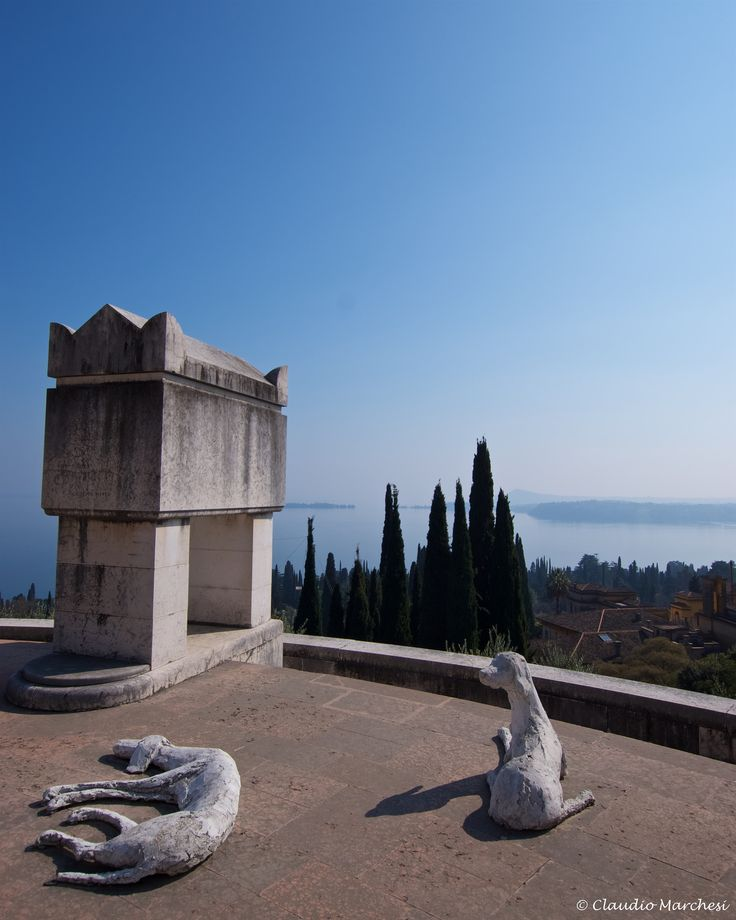 https://flic.kr/p/ScYj2h   IMGP1420   Mausoleo e Tomba di Gabriele d'Annunzio al Vittoriale degli Italiani