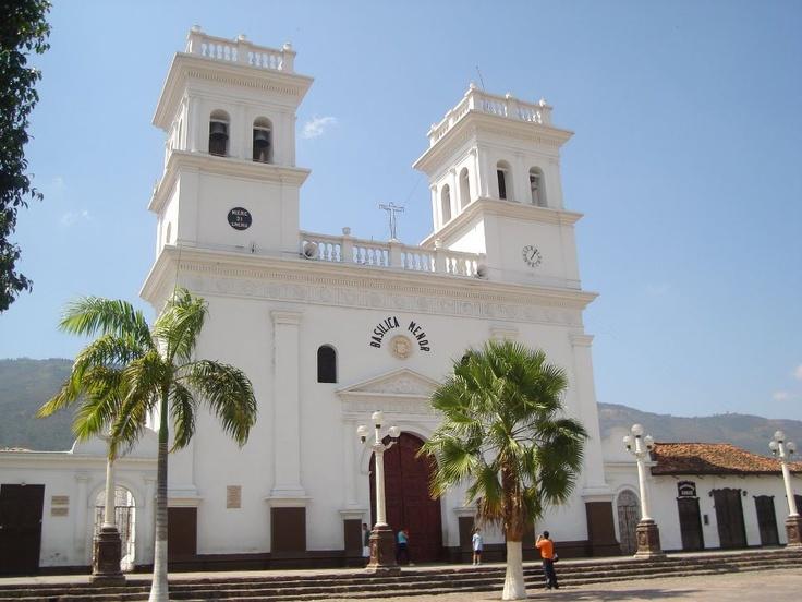 Colombia - Basilica Menor Giron, Santander
