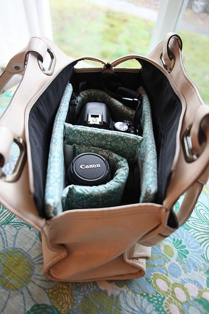 Such an adorable way to make a camera bag out of a purse. Functional and girly at the same time! I'll be making one of these!: Idea, Camera Bags Insert, Bags Tutorials, Camera Pur, Dslr Camera, Camera Cases Diy, Camera Bags Dslr, Purses Bags, Diy Camera
