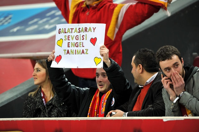 Galatasaray love has no barrier!