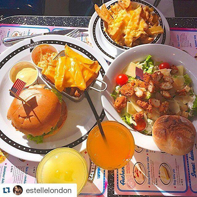 #picoftheweek Un bon repas avec @estellelondon chez #memphiscoffee ! ・・・ Mieux terminer la journée ? On aurait pas pu ! ...