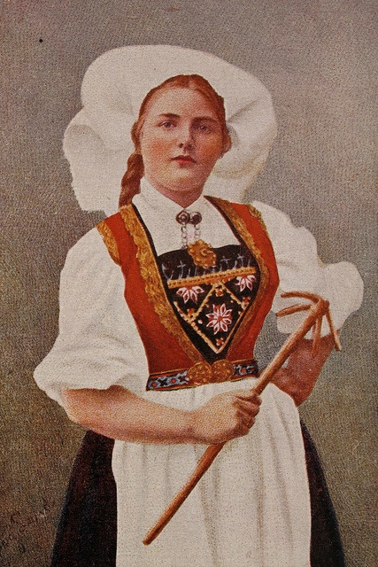 Norwegian Costume Norwegian postcard, circa 1900-1920.