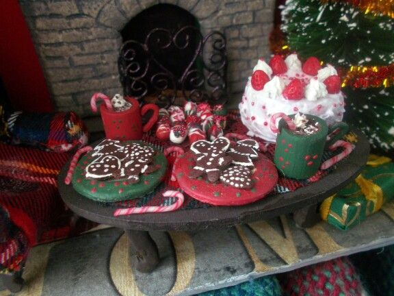 Miniature christmas desserts
