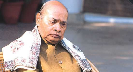 Former Indian Prime Minister P.V. Narasimha Rao was fluent in 16 languages. In addition to 7 Indian languages (Telugu, Hindi, Urdu, Oriya, Marathi, Bengali, Gujarati, Tamil), he spoke English, French, Arabic, Spanish, German, Greek, Latin and Persian.