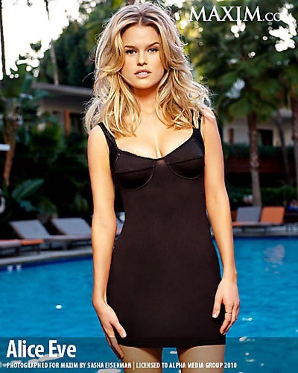 "Photos of Alice Eve, one of the hottest girls in movies and TV. Alice Eve is an English actress best known for her roles in ""She's Out of My League"". She also played the role of Sophia in the HBO series ""Entourage,"" which later starred Sasha Gray as herself. Alice Eve has o..."