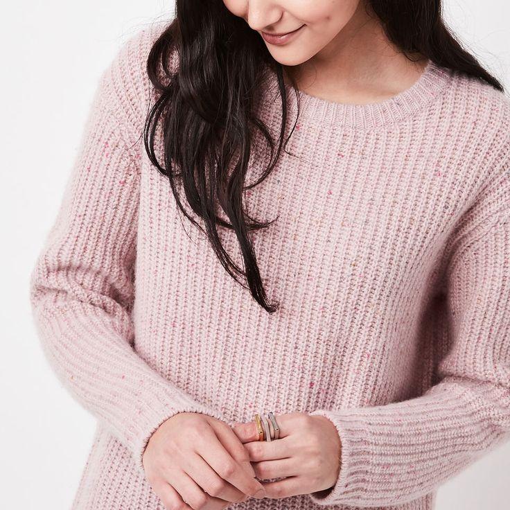 www.roots.com ca en emery-pullover-sweater-02050441.html?cgid=WomensSweatersCardigans&start=18&selectedColor=61A