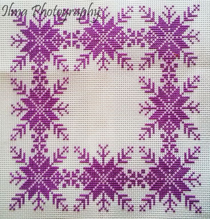 (Cross stitch) Snowflake Cushion Cover