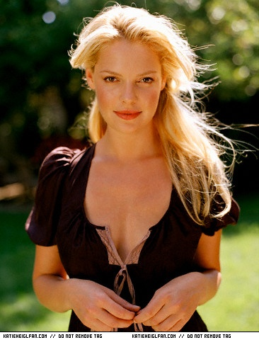 Katherine Heigl - A girl told me my lips looked like somebody had pressed strawberry yogurt against my face.
