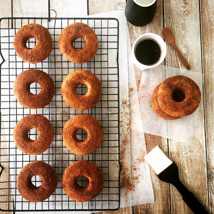 There is nothing better than fresh cinnamon donuts, the fluffy centre when made fresh to order is nothing less than a blissful sugary mouthful of pleasure.