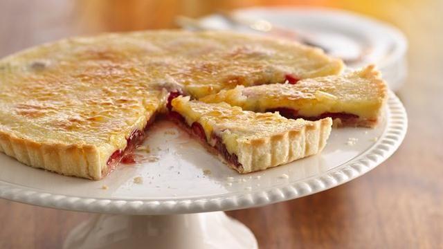 Hidden Gem Crème Brûlée Tart: Brulee Tarts, Pies Crusts, Hidden Gems, Gems Crème, Desserts Tables, Brûlée Tarts, Add French, French Flavored, Tarts Recipes