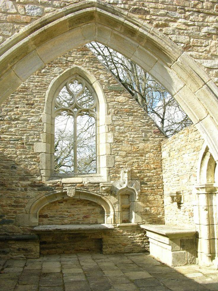 Transept .chapelle de Lanvern à Plonéour-Lanvern (Finistère)