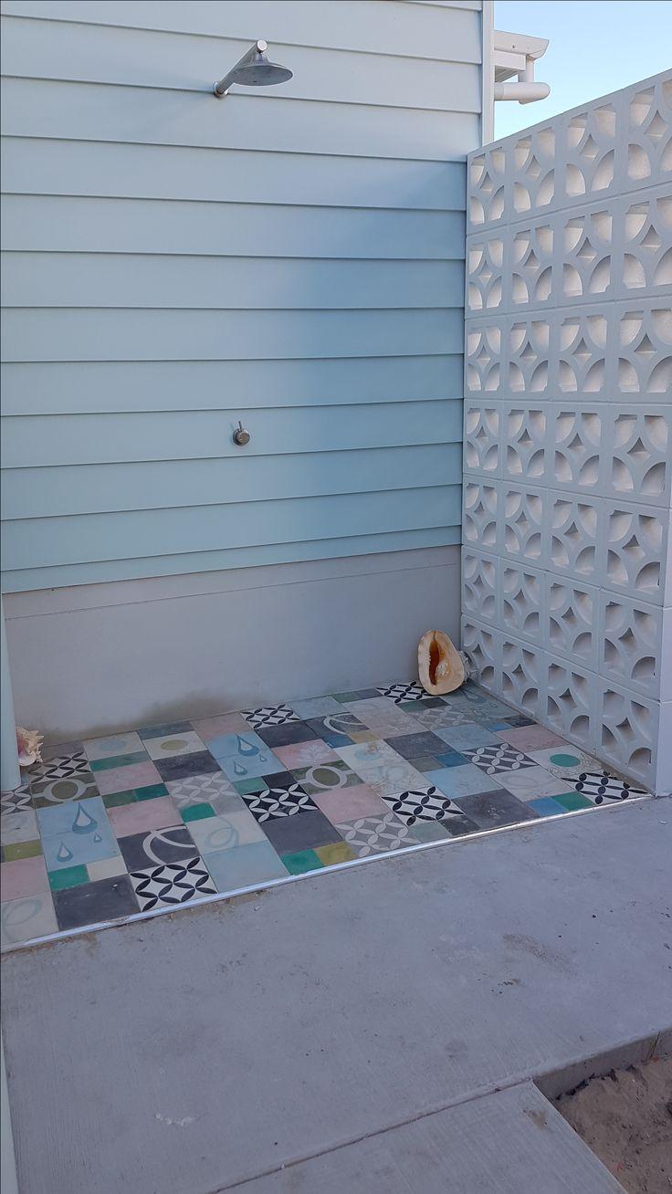 custom outdoor shower using a multi mix of Pop ham tiles and breeze blocks#cementtiles #encaustictiles #popham #pophamtilesaustralia #cementtilesbyronbay #outdoorshower #breezeblocks #encaustictilesbrisbane